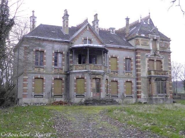 chateau Ecuisses