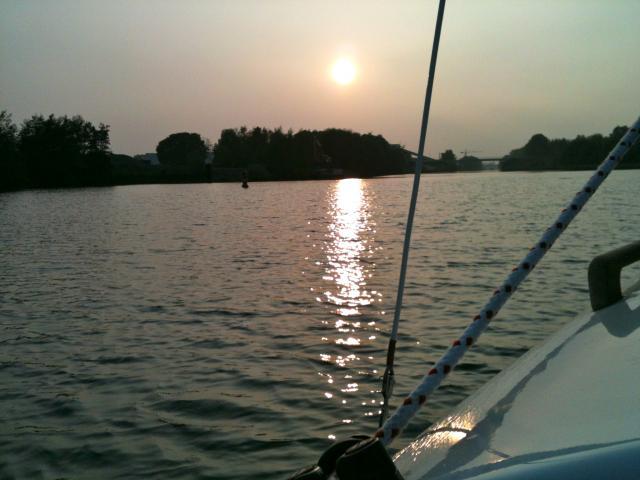coucher de soleil Maasbracht pays bas