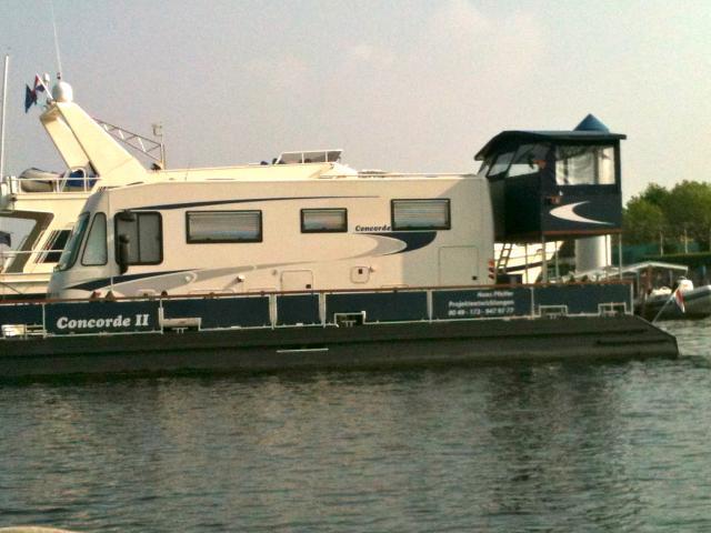 barge camping car
