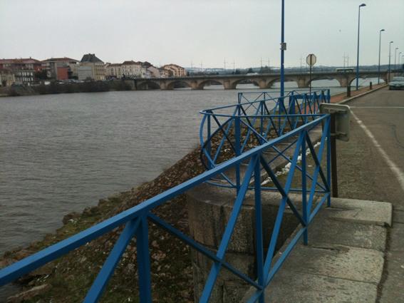 Loire à Roanne péniche Kaïros