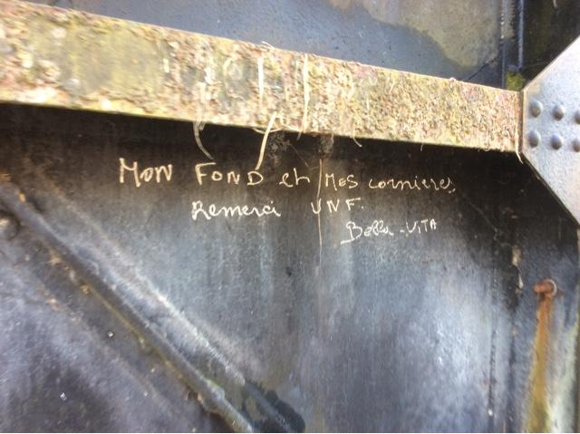 graffiti écluse péniche Kaïros